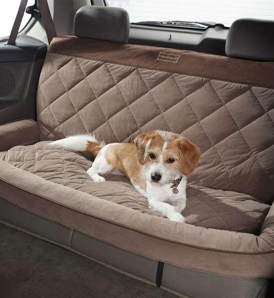 Автомобильный чехол для собаки