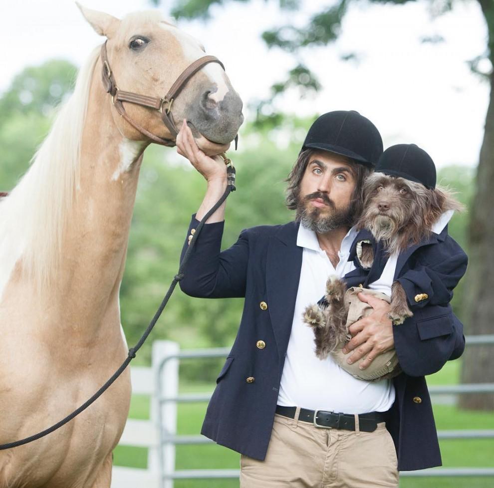 Тофер Брофи и собака
