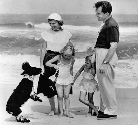 Ричард Никсон и собака