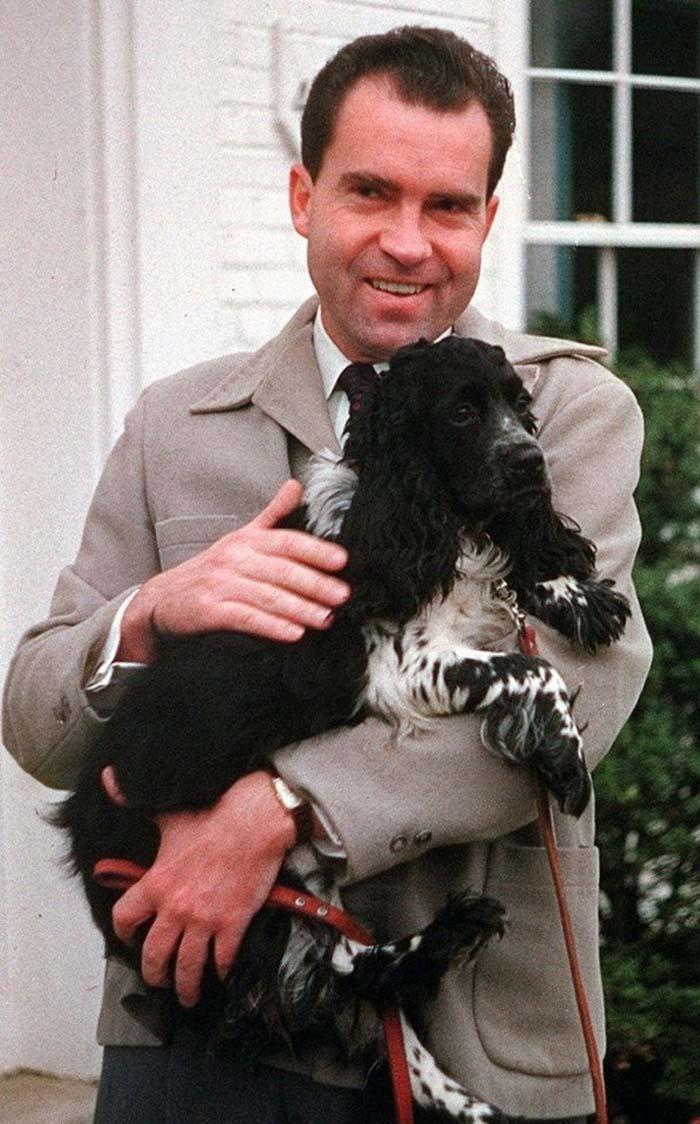 Ричард Никсон и его спаниель