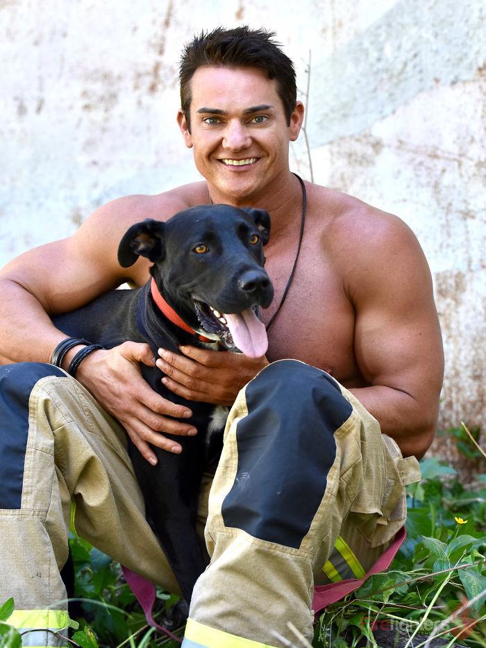 Австралийские пожарники календарь